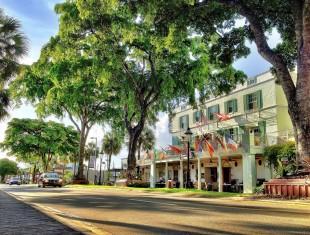 Riverside Hotel Vista